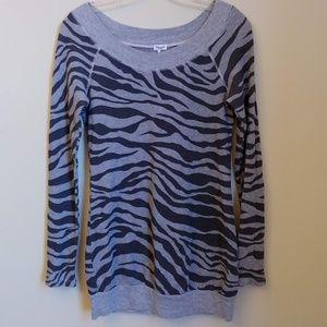 Splendid Long Sleeve Gray Striped Zebra Termal Top